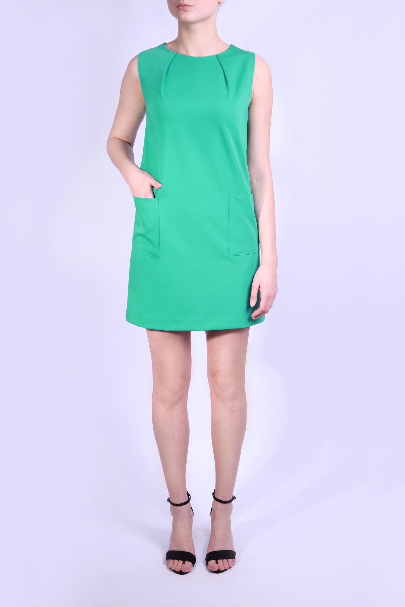 ПлатьеПлатья<br>Платье без рукавов, круглая горловина, защипы по горловине, накладные карманы, потайная молния 18-20 см сзади  Параметры размеров: Обхват груди размер 42 - 84 см, размер 44 - 88 см, размер 46 - 92 см, размер 48 - 96 см, размер 50 - 100 см, размер 52 - 104 см Обхват талии размер 42 - 64 см, размер 44 - 68 см, размер 46 - 72 см, размер 48 - 76 см, размер 50 - 80 см, размер 52 - 84 см Обхват бедер размер 42 - 92 см, размер 44 - 96 см, размер 46 - 100 см, размер 48 - 104 см, размер 50 - 108 см, размер 52 - 112 см  В изделии использованы цвета: зеленый  Ростовка изделия 164 см.<br><br>Горловина: С- горловина<br>По длине: До колена,Мини<br>По материалу: Вискоза,Тканевые<br>По рисунку: Однотонные<br>По силуэту: Полуприталенные<br>По стилю: Офисный стиль,Повседневный стиль<br>По форме: Платье - трапеция<br>По элементам: С карманами,Со складками<br>Рукав: Без рукавов<br>По сезону: Осень,Весна<br>Размер : 42,44,46,48,50,52<br>Материал: Плательная ткань<br>Количество в наличии: 10