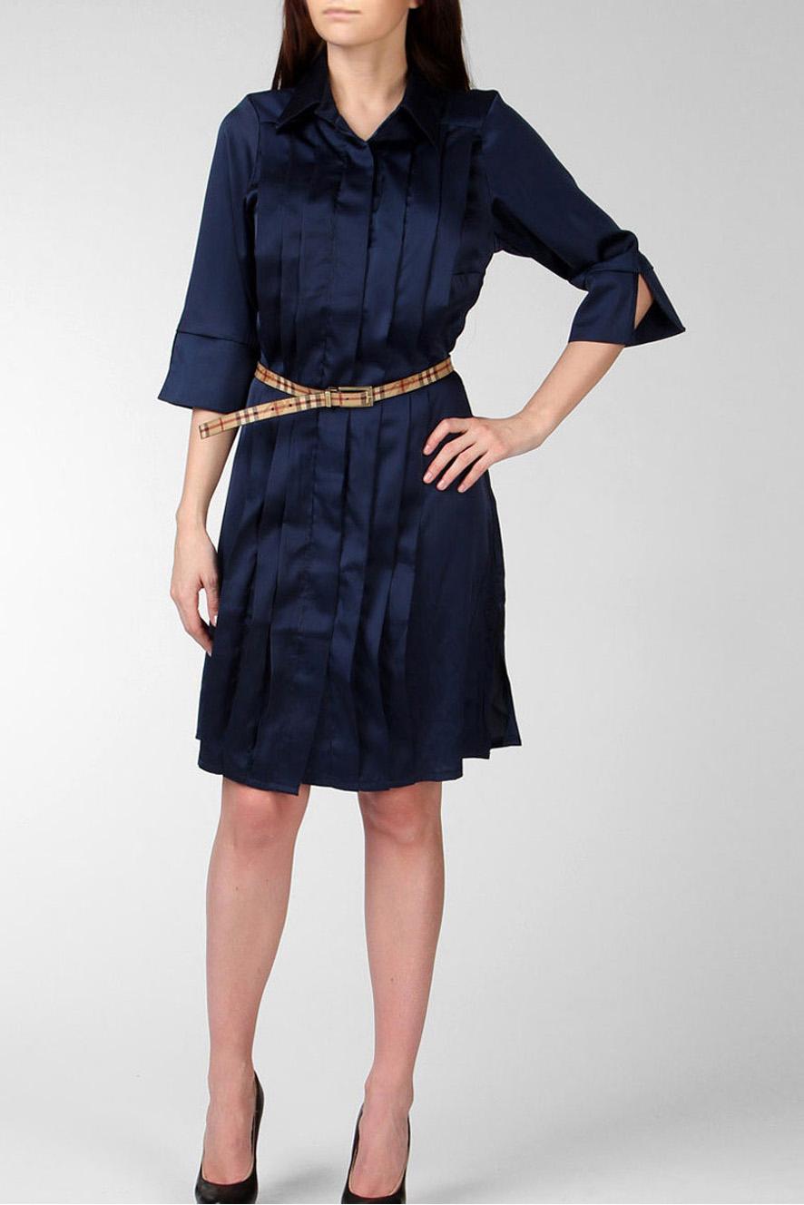ПлатьеПлатья<br>Платье - рубашка средней длины, легкий А-силуэт, перед оформлен широкими симметричными складками - защипами. Потайная планка на декоративных пуговицах с эффектом чеканки. Рукав - 3/4 на манжете с V-образным разрезом.   Цвет: темно-синий.  Длина изделия около 100 см Длина рукава по линии плеча около 43 см<br><br>Воротник: Рубашечный,Стояче-отложной<br>По длине: До колена<br>По материалу: Тканевые,Шелк<br>По рисунку: Однотонные<br>По сезону: Весна,Зима,Лето,Осень,Всесезон<br>По силуэту: Прямые<br>По стилю: Офисный стиль,Повседневный стиль<br>По форме: Платье - рубашка<br>По элементам: С декором,С манжетами,Со складками<br>Рукав: Рукав три четверти<br>Размер : 44-46<br>Материал: Плательная ткань<br>Количество в наличии: 1