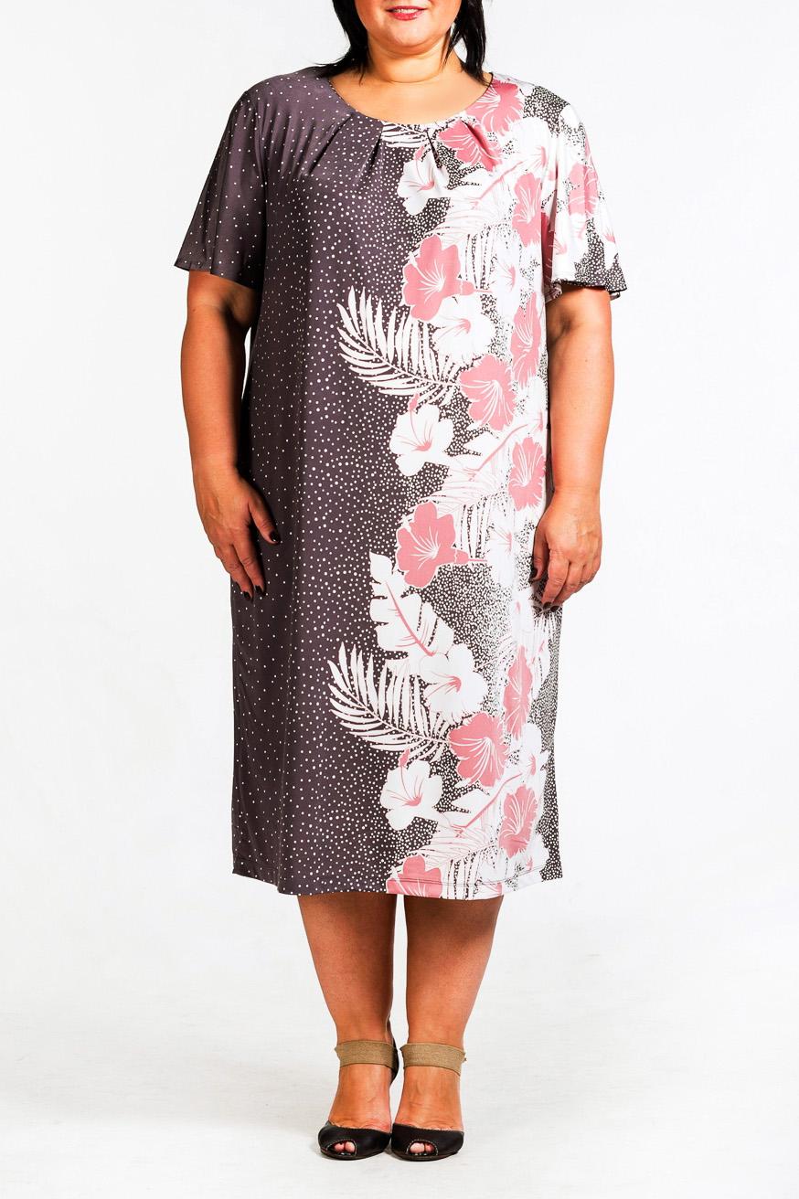 ПлатьеПлатья<br>Красивое платье с круглой горловиной и короткими рукавами.  Повседневная одежда должна выполнять не только защитную, но и декоративную функцию, скрывая недостатки и подчеркивая достоинства. Поэтому одежда для полных должна быть прямого или свободного силуэта.  В изделии использованы цвета: фиолетовый, белый, розовый  Ростовка изделия 170 см.<br><br>Горловина: С- горловина<br>По длине: Ниже колена<br>По материалу: Трикотаж<br>По образу: Город,Свидание<br>По рисунку: В горошек,Растительные мотивы,С принтом,Цветные,Цветочные<br>По силуэту: Прямые<br>По стилю: Повседневный стиль<br>Рукав: Короткий рукав<br>По сезону: Лето<br>Размер : 52,54,60<br>Материал: Холодное масло<br>Количество в наличии: 3