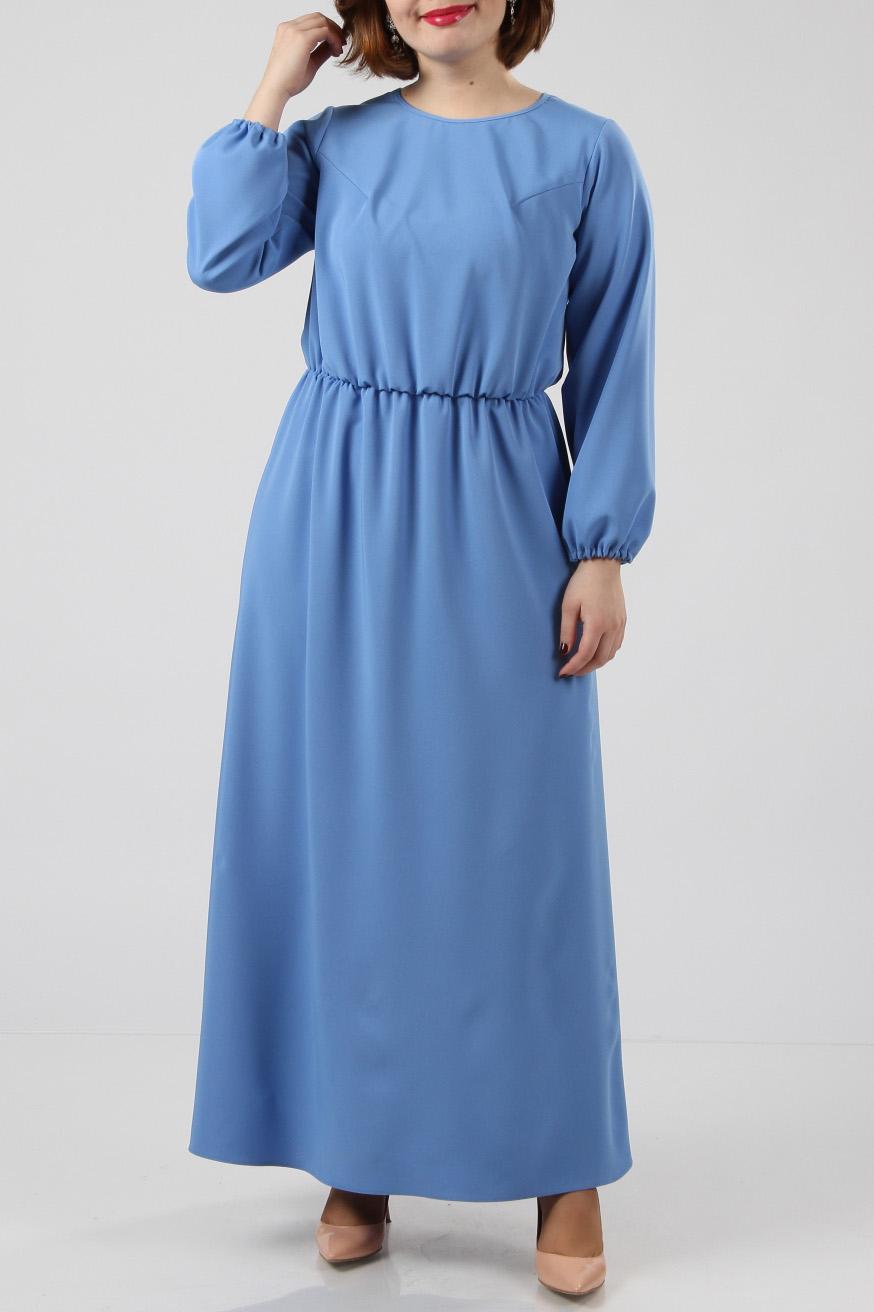 ПлатьеПлатья<br>Универсальное платье из приятной костюмной ткани. Ткань со стретчем и поэтому хорошо садится на любую фигуру.  Талия собрана на свободную резинку. Низ – юбка-четрёхклинка.  Длина изделия - 140 см.  Цвет: голубой  Рост девушки-фотомодели 174 см<br><br>По образу: Свидание<br>По стилю: Нарядный стиль,Повседневный стиль<br>По материалу: Вискоза,Тканевые<br>По рисунку: Однотонные<br>По сезону: Всесезон,Весна,Зима,Лето,Осень<br>По силуэту: Полуприталенные<br>По форме: Платье - трапеция<br>По длине: Макси<br>Рукав: Длинный рукав<br>Горловина: С- горловина<br>Размер: 48,50,52<br>Материал: 50% вискоза 50% полиэстер<br>Количество в наличии: 2