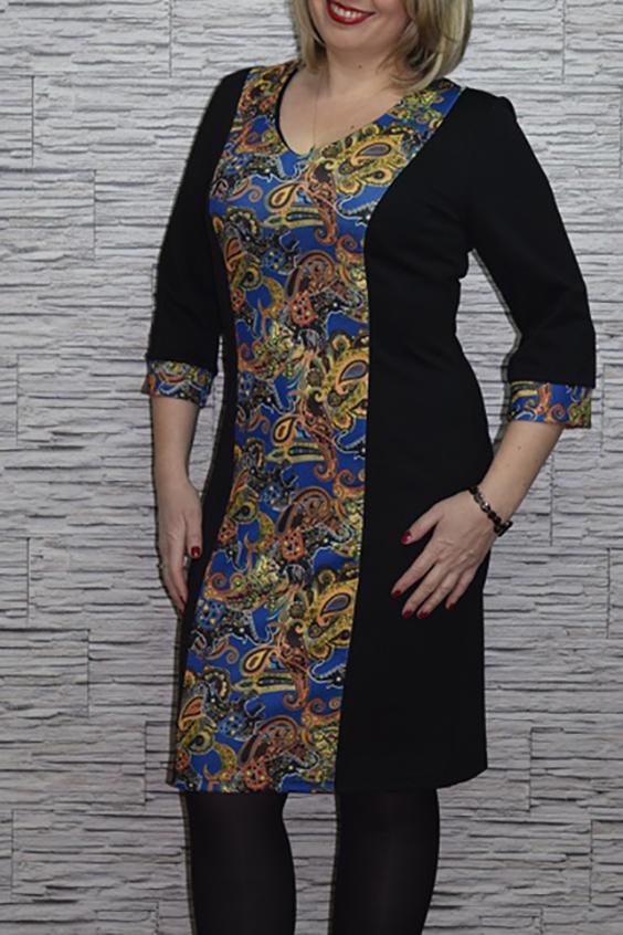 ПлатьеПлатья<br>Чудесное женское платье приталенного силуэта со вставкой из ткани контрастного цвета по переду изделия. Рукава 3/4 на манжетах. Цвет: черный, синий, желтый.  Рост девушки-фотомодели 165 см<br><br>По длине: До колена<br>По материалу: Вискоза,Трикотаж<br>По рисунку: С принтом,Цветные,Этнические<br>По сезону: Весна,Осень,Зима<br>По силуэту: Приталенные<br>По стилю: Повседневный стиль<br>По форме: Платье - футляр<br>По элементам: С манжетами<br>Рукав: Рукав три четверти<br>Горловина: V- горловина<br>Размер : 44,46,48<br>Материал: Джерси<br>Количество в наличии: 3