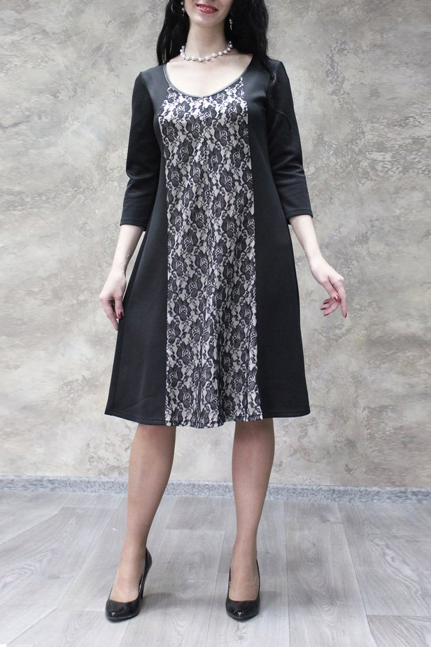 ПлатьеПлатья<br>Нарядное платье трапециевидного силуэта. Модель выполнена из приятного материала. Отличный выбор для любого торжества.  В изделии использованы цвета: черный, серый.  Ростовка изделия 170 см.<br><br>Горловина: С- горловина<br>По длине: Ниже колена<br>По материалу: Гипюр,Трикотаж<br>По рисунку: Цветные<br>По сезону: Весна,Зима,Лето,Осень,Всесезон<br>По силуэту: Свободные<br>По стилю: Нарядный стиль,Повседневный стиль<br>По форме: Платье - трапеция<br>Рукав: Рукав три четверти<br>Размер : 50,52,54<br>Материал: Трикотаж + Гипюр<br>Количество в наличии: 4