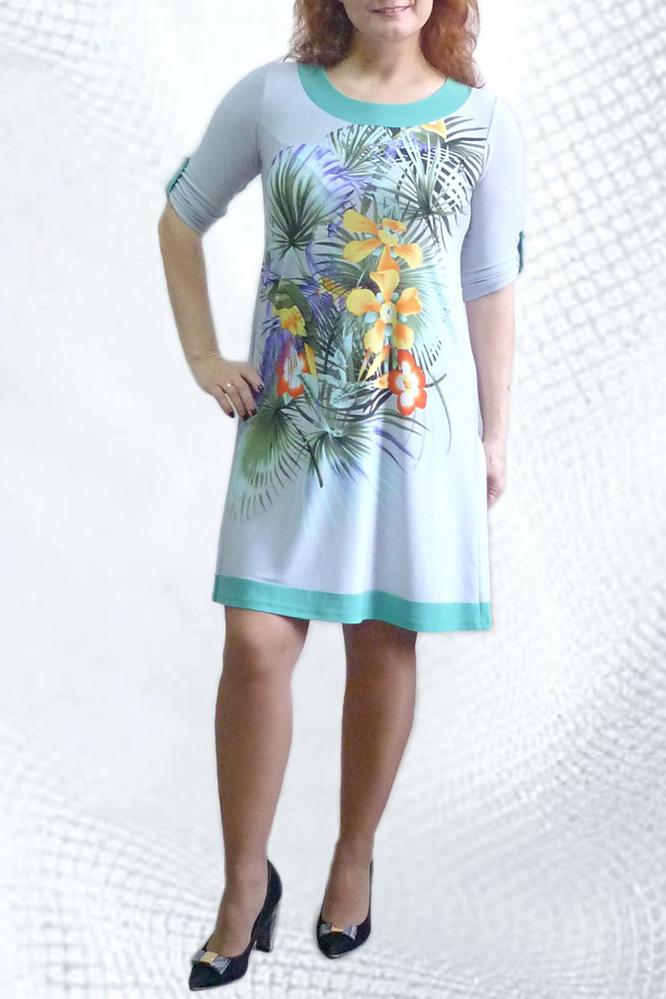 ПлатьеПлатья<br>Женское платье из приятного трикотажа.<br><br>Горловина: С- горловина<br>По материалу: Вискоза,Трикотаж<br>По образу: Город,Свидание<br>По рисунку: Растительные мотивы,Цветные,Цветочные,С принтом<br>По силуэту: Полуприталенные<br>По стилю: Повседневный стиль<br>Рукав: Рукав три четверти<br>По элементам: С патами<br>По сезону: Осень,Весна<br>По длине: До колена<br>По форме: Платье - трапеция<br>Размер : 46,52,54<br>Материал: Холодное масло<br>Количество в наличии: 3