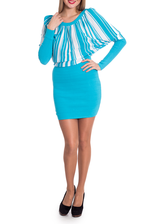 ПлатьеПлатья<br>Интересное платье с небольшим напуском в районе талии. Модель выполнена из приятного трикотажа. Отличный выбор для повседневного гардероба. Ростовка изделия 164-170 см.  В изделии использованы цвета: голубой, белый  Рост девушки-фотомодели 170 см.<br><br>Горловина: С- горловина<br>По длине: До колена<br>По материалу: Трикотаж<br>По рисунку: В полоску,С принтом,Цветные<br>По сезону: Зима,Осень,Весна<br>По силуэту: Полуприталенные<br>По стилю: Повседневный стиль<br>По форме: Платье - футляр<br>Рукав: Длинный рукав<br>Размер : 46<br>Материал: Трикотаж<br>Количество в наличии: 1