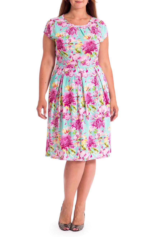 ПлатьеПлатья<br>Яркое платье с цветочным принтом. Модель выполнена из хлопкового трикотажа. Отличный выбор для повседневного гардероба.В изделии использованы цвета: мятный, розовый и др.Рост девушки-фотомодели 180 см<br><br>Горловина: С- горловина<br>Длина: Ниже колена<br>Материал: Трикотаж,Хлопок<br>Рисунок: Растительные мотивы,С принтом,Цветные,Цветочные<br>Рукав: Короткий рукав<br>Силуэт: Приталенные<br>Стиль: Летний стиль,Повседневный стиль<br>Форма: Платье - трапеция<br>Элементы: Со складками<br>Сезон: Лето<br>Размер : 44,46,48,50,52,54<br>Материал: Трикотаж<br>Количество в наличии: 9