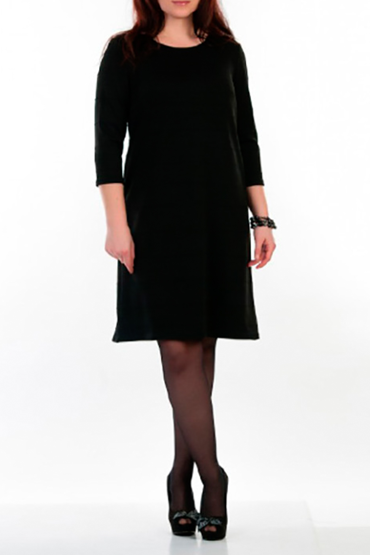 ПлатьеПлатья<br>Элегантное платье прилегающего силуэта. Модель выполнена из приятного трикотажа. Отличный выбор для повседневного и делового гардероба.  Рост девушки-фотомодели 162 см  Цвет: черный<br><br>Горловина: С- горловина<br>По длине: До колена<br>По материалу: Трикотаж,Хлопок<br>По рисунку: Однотонные<br>По силуэту: Прямые<br>По стилю: Офисный стиль,Повседневный стиль<br>Рукав: Рукав три четверти<br>По сезону: Осень,Весна,Зима<br>Размер : 46<br>Материал: Джерси<br>Количество в наличии: 1