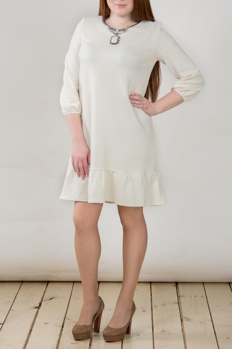 ПлатьеПлатья<br>Однотонное платье трапециевидного силуэта. Модель выполнена из приятного трикотажа. Отличный выбор для повседневного гардероба.  В изделии использованы цвета: молочный  Длина изделия:  44 размер - 85 см. 46 размер - 86 см. 48 размер - 87 см. 50 размер - 88 см.  Рост девушки-фотомодели 164 см<br><br>Горловина: С- горловина<br>По длине: До колена<br>По материалу: Трикотаж<br>По рисунку: Однотонные<br>По силуэту: Свободные<br>По стилю: Кэжуал,Повседневный стиль,Романтический стиль<br>По форме: Платье - трапеция<br>Рукав: Рукав три четверти<br>По сезону: Осень,Весна,Зима<br>Размер : 44,46,48,50<br>Материал: Трикотаж<br>Количество в наличии: 4