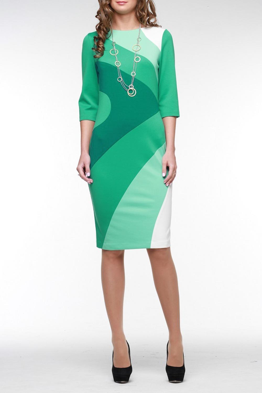 ПлатьеПлатья<br>Очаровательное полеприталенное платье из высококачественного джерси составлено из нескольких гармонично сочетающихся цветов. На спинке молния 50 см. и шлица. Рукав три четверти, горловина обработана обтачкой. В этом платье вы всегда в центре внимания.  Цвет: зеленый, мятный, белый  Рост девушки-фотомодели 176 см<br><br>Горловина: С- горловина<br>По длине: До колена<br>По материалу: Вискоза,Трикотаж<br>По рисунку: Цветные<br>По силуэту: Приталенные<br>По стилю: Повседневный стиль<br>По форме: Платье - футляр<br>По элементам: С разрезом<br>Разрез: Шлица<br>Рукав: Рукав три четверти<br>По сезону: Осень,Весна<br>Размер : 56<br>Материал: Джерси<br>Количество в наличии: 1