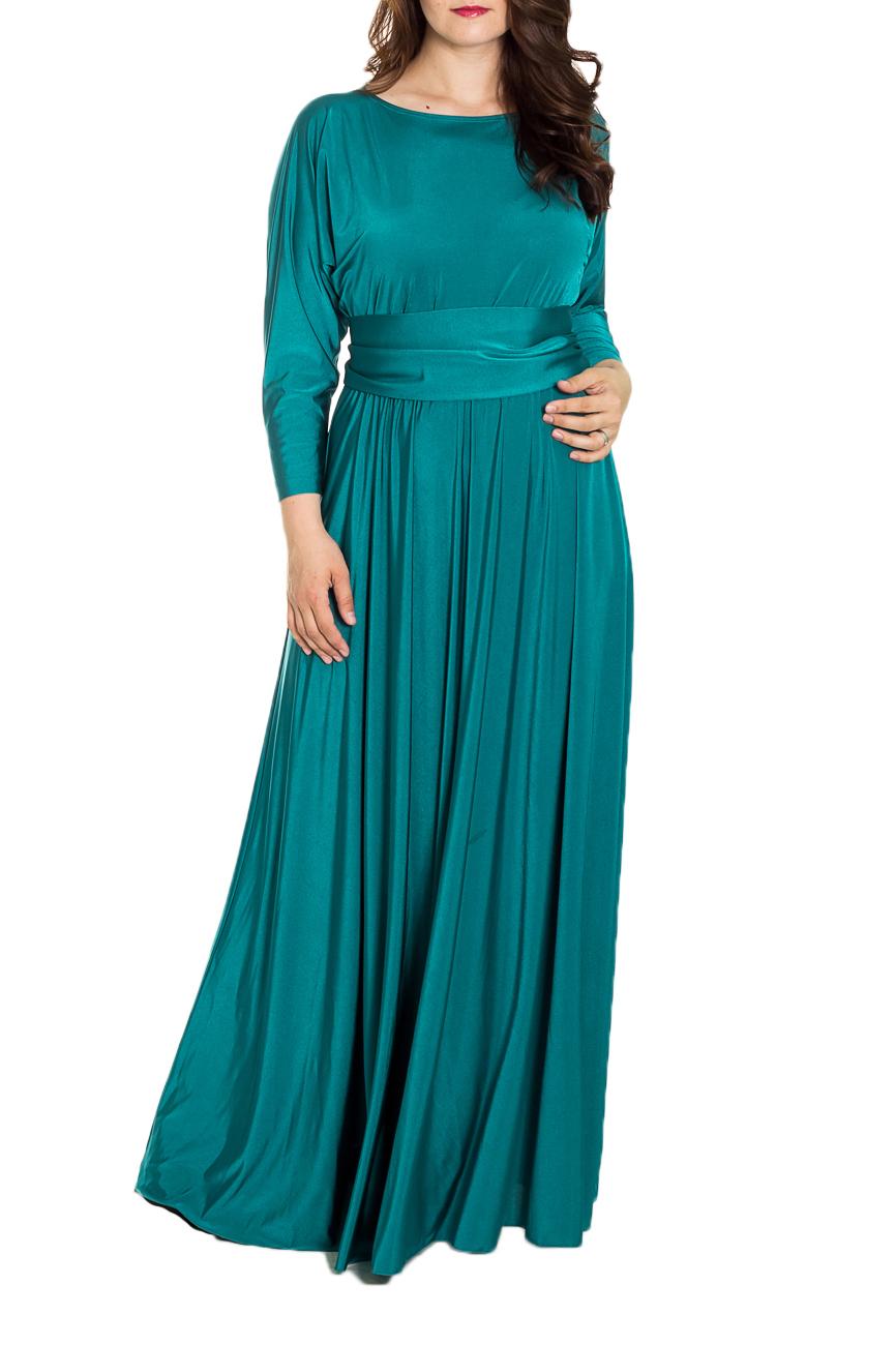 ПлатьеПлатья<br>Эффектное платье в пол с длинными рукавами. Модель выполнена из приятного струящегося трикотажа. Отличный выбор для торжественного выхода. Платье без пояса.  Цвет: зеленый  Рост девушки-фотомодели 180 см.<br><br>Горловина: С- горловина<br>По длине: Макси<br>По материалу: Трикотаж<br>По рисунку: Однотонные<br>По сезону: Весна,Зима,Лето,Осень,Всесезон<br>По силуэту: Полуприталенные<br>По стилю: Нарядный стиль,Вечерний стиль<br>По форме: Платье - трапеция<br>Рукав: Длинный рукав<br>Размер : 46-48<br>Материал: Холодное масло<br>Количество в наличии: 3
