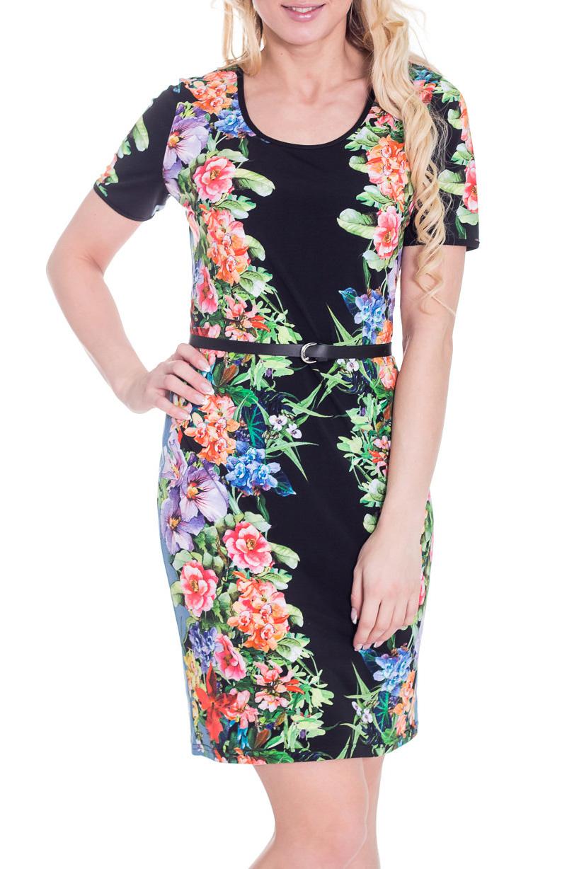 ПлатьеПлатья<br>Красивое платье с короткими рукавами и круглой горловиной. Модель выполнена из приятного трикотажа с цветочным принтом. Отличный выбор для повседневного гардероба. Пояс в комплект не входит  Цвет: черный, зеленый, коралловый, сиреневый, голубой  Рост девушки-фотомодели 170 см.<br><br>Горловина: С- горловина<br>По материалу: Вискоза,Трикотаж<br>По образу: Город,Свидание<br>По рисунку: Растительные мотивы,Цветные,Цветочные,С принтом<br>По силуэту: Приталенные<br>По стилю: Повседневный стиль<br>По форме: Платье - футляр<br>Рукав: Короткий рукав<br>По сезону: Лето<br>По длине: До колена<br>Размер : 52<br>Материал: Холодное масло<br>Количество в наличии: 1