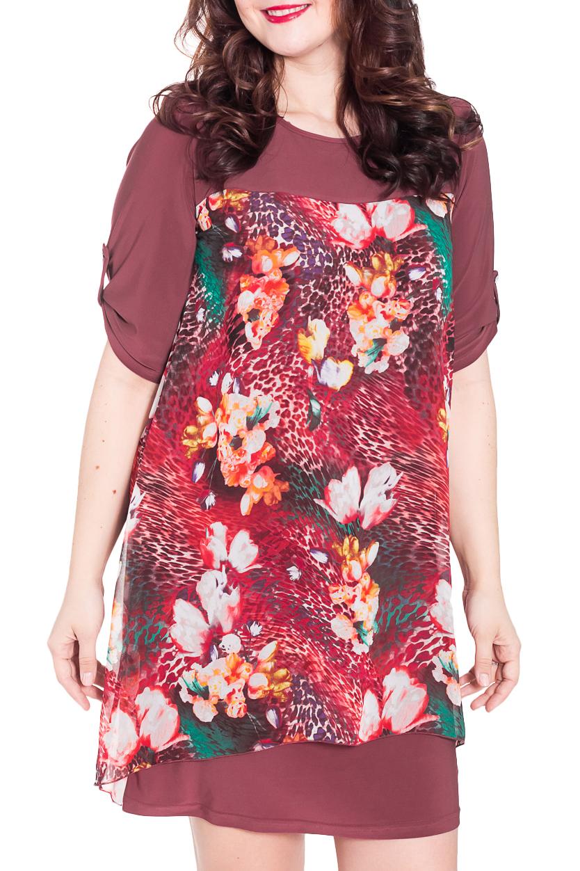 ПлатьеПлатья<br>Милое женское платье полуприталенного силуэта с округлой горловиной и асимметричным низом изделия. Длина рукава до локтя. Цвет: бордовый, красный и др.  Рост девушки-фотомодели 180 см<br><br>Горловина: С- горловина<br>По длине: До колена<br>По материалу: Вискоза,Трикотаж,Шифон<br>По рисунку: Леопард,Растительные мотивы,С принтом,Цветные,Цветочные<br>По сезону: Весна,Осень<br>По стилю: Повседневный стиль<br>По элементам: С патами<br>Рукав: До локтя<br>По силуэту: Свободные<br>По форме: Платье - трапеция<br>Размер : 48,50,52,54<br>Материал: Холодное масло + Шифон<br>Количество в наличии: 5