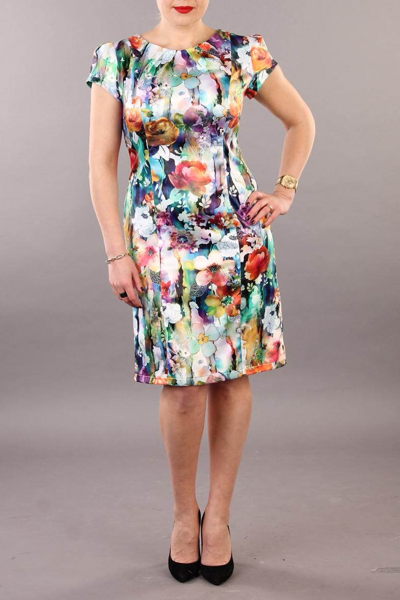 ПлатьеПлатья<br>Цветное платье с круглой горловиной и короткими рукавами. Модель выполнена из гладкого атласа. Отличный выбор для повседневного гардероба.  В изделии использованы цвета: белый, бирюзовый коралловый и др.  Ростовка изделия 170 см.<br><br>Горловина: С- горловина<br>По длине: До колена<br>По материалу: Атлас<br>По рисунку: Растительные мотивы,С принтом,Цветные,Цветочные<br>По сезону: Весна,Зима,Лето,Осень,Всесезон<br>По силуэту: Приталенные<br>По стилю: Летний стиль,Нарядный стиль,Повседневный стиль<br>По форме: Платье - футляр<br>Рукав: Короткий рукав<br>По элементам: С разрезом<br>Разрез: Короткий<br>Размер : 52<br>Материал: Атлас<br>Количество в наличии: 1