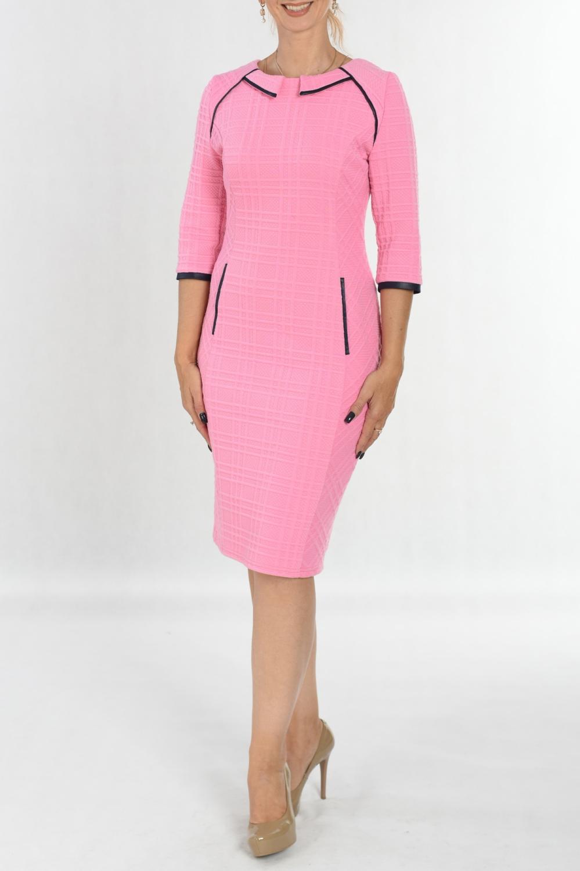 ПлатьеПлатья<br>Удивительно яркое платье Созданное из мягчайшего трикотажа, оно нравится буквально всем Кожаная отделка в контрасте подчеркивает детали кроя и фигуры. По спинке шлица.  В изделии использованы цвета: розовый, черный  Ростовка изделия 170 см.<br><br>Горловина: С- горловина<br>По длине: Ниже колена<br>По материалу: Трикотаж<br>По рисунку: Однотонные<br>По силуэту: Полуприталенные<br>По стилю: Повседневный стиль<br>По форме: Платье - футляр<br>По элементам: С декором<br>Рукав: Рукав три четверти<br>По сезону: Осень,Весна<br>Размер : 48,54<br>Материал: Трикотаж<br>Количество в наличии: 2