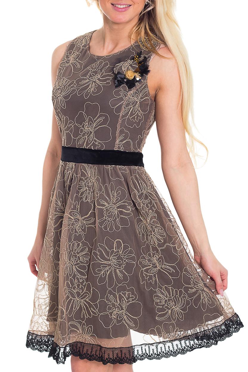 ПлатьеПлатья<br>Нарядное платье без рукавов с круглой горловиной. Модель выполнена из приятного материала и гипюровой сетки. Отличный выбор для любого торжества.  Цвет: коричневый, бежевый  Рост девушки-фотомодели 170 см.<br><br>Горловина: С- горловина<br>По длине: До колена<br>По материалу: Гипюровая сетка,Трикотаж<br>По образу: Выход в свет,Свидание<br>По рисунку: Цветные<br>По сезону: Весна,Всесезон,Зима,Лето,Осень<br>По силуэту: Полуприталенные<br>По стилю: Нарядный стиль<br>По форме: Платье - трапеция<br>По элементам: С декором<br>Рукав: Без рукавов<br>Размер : 46<br>Материал: Холодное масло + Гипюровая сетка<br>Количество в наличии: 1