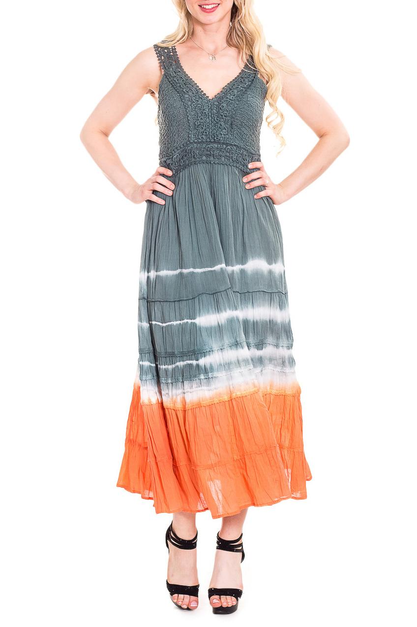 СарафанСарафаны<br>Замечательный, летний сарафан из хлопкового материала с завышенной линией талии. Длинное платье стройнит, преображает фигуру, зрительно делает ее более пропорциональной и легкой.  В изделии использованы цвета: серый, белый, оранжевый  Рост девушки-фотомодели 170 см<br><br>Бретели: Широкие бретели<br>Горловина: V- горловина<br>По длине: Макси<br>По материалу: Хлопок<br>По рисунку: В полоску,С принтом,Цветные<br>По силуэту: Полуприталенные<br>По стилю: Повседневный стиль,Летний стиль<br>По элементам: С завышенной талией<br>Рукав: Без рукавов<br>По сезону: Лето<br>Размер : 44,46<br>Материал: Хлопок<br>Количество в наличии: 2