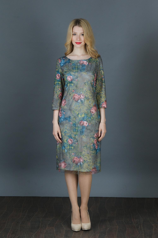 ПлатьеПлатья<br>Замечательное платье с растительным принтом. Модель выполнена из приятного трикотажа, дублированного сеткой с эффектом 3D. Отличный выбор для любого случая.Длина рукава 43 см.Длина изделия:44 размер - 95 см46 размер - 96 см48 размер - 97 см50 размер - 98 см52 размер - 99 см54 размер - 100 см56 размер - 101 смВ изделии использованы цвета: зеленый и др.Рост девушки-фотомодели 164 см.<br><br>Горловина: С- горловина<br>Длина: Ниже колена<br>Материал: Гипюровая сетка,Трикотаж<br>Разрез: Короткий<br>Рисунок: Растительные мотивы,С принтом,Цветные,Цветочные<br>Рукав: Рукав три четверти<br>Сезон: Весна,Зима,Лето,Осень,Всесезон<br>Силуэт: Полуприталенные<br>Стиль: Нарядный стиль,Повседневный стиль<br>Форма: Платье - футляр<br>Элементы: С разрезом<br>Размер : 44,46,48,50,52,54,56<br>Материал: Трикотаж + Гипюровая сетка<br>Количество в наличии: 7