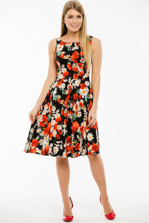 ПлатьеПлатья<br>Замечательное платье с цветочным принтом. Модель выполнена из приятного материала. Отличный выбор для любого случая.  Длина изделия по спинке в 42 размере 99 см.  В изделии использованы цвета: черный, красный, белый и др.  Ростовка изделия 170 см.<br><br>Горловина: С- горловина<br>По длине: Ниже колена<br>По материалу: Тканевые<br>По рисунку: Растительные мотивы,С принтом,Цветные,Цветочные<br>По сезону: Весна,Лето<br>По силуэту: Приталенные<br>По стилю: Повседневный стиль<br>По форме: Платье - трапеция<br>Рукав: Без рукавов<br>Размер : 44,46,48,50,52<br>Материал: Плательная ткань<br>Количество в наличии: 5