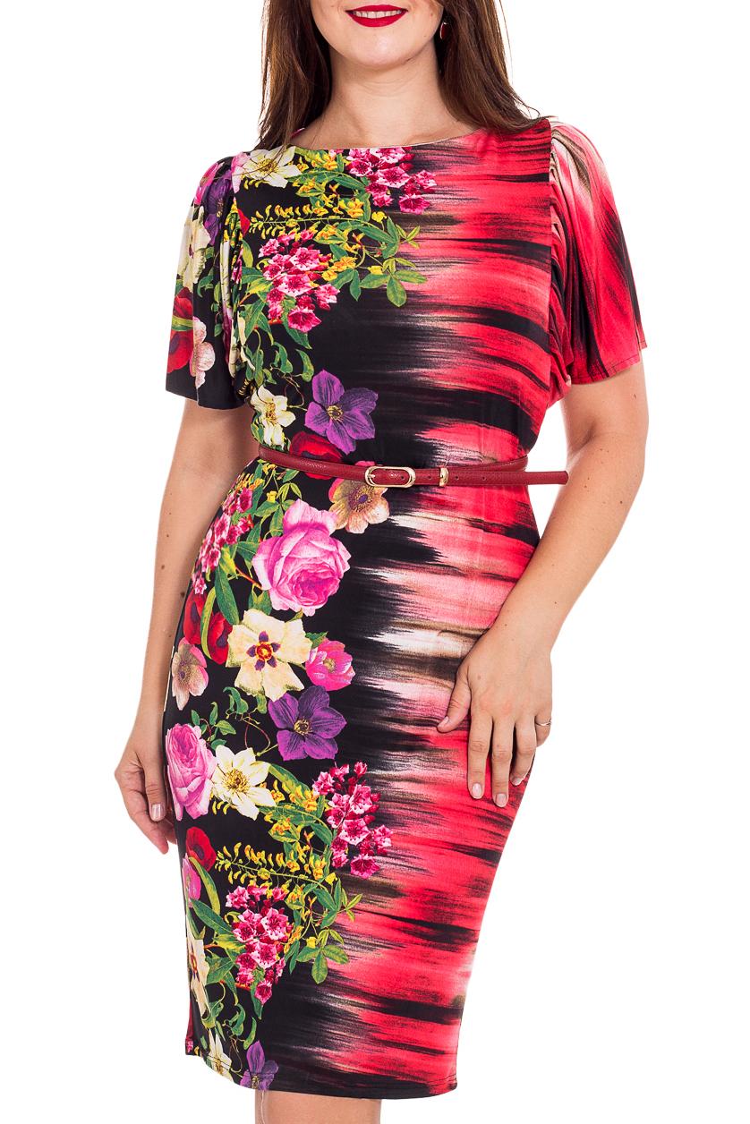 ПлатьеПлатья<br>Цветное платье приталенного силуэта. Модель выполнена из приятного материала. Отличный выбор для любого случая. В комплект входит ремешок.  В изделии использованы цвета: коралловый, черный, зеленый и др.  Рост девушки-фотомодели 180 см<br><br>Горловина: С- горловина<br>По длине: До колена<br>По материалу: Трикотаж<br>По рисунку: С принтом,Цветные,Цветочные<br>По сезону: Весна,Лето<br>По силуэту: Приталенные<br>По стилю: Повседневный стиль<br>По форме: Платье - футляр<br>По элементам: С поясом<br>Рукав: Короткий рукав<br>Размер : 48,50,52,54<br>Материал: Холодное масло<br>Количество в наличии: 5