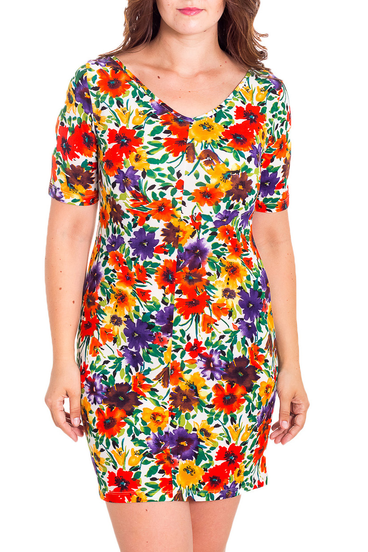 ПлатьеПлатья<br>Яркое платье с рукавами до локтя. Модель выполнена из мягкой вискозы с цветочным принтом. Отличный выбор для повседневного гардероба.  В изделии использованы цвета: белый, красный, зеленый и др.  Рост девушки-фотомодели 180 см.<br><br>Горловина: Лодочка<br>По длине: До колена<br>По материалу: Вискоза<br>По рисунку: Растительные мотивы,С принтом,Цветные,Цветочные<br>По силуэту: Приталенные<br>По стилю: Повседневный стиль<br>По форме: Платье - трапеция<br>Рукав: До локтя<br>По сезону: Лето<br>Размер : 46,48<br>Материал: Вискоза<br>Количество в наличии: 5