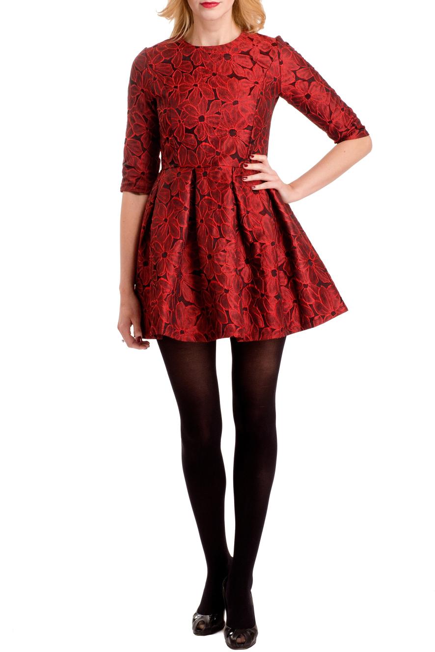 ПлатьеПлатья<br>Нарядное платье с завышенной талией. Модель выполнена из приятного материала с цветочным принтом. Отличный выбор для любого случая.  Цвет: красный  Ростовка изделия 170 см.<br><br>Горловина: С- горловина<br>По материалу: Тканевые<br>По рисунку: Растительные мотивы,С принтом,Цветные,Цветочные<br>По сезону: Весна,Зима,Лето,Осень,Всесезон<br>По силуэту: Приталенные<br>По стилю: Нарядный стиль,Повседневный стиль<br>По форме: Беби - долл<br>По элементам: Со складками<br>Рукав: До локтя<br>По длине: Мини<br>Размер : 44<br>Материал: Плательная ткань<br>Количество в наличии: 1