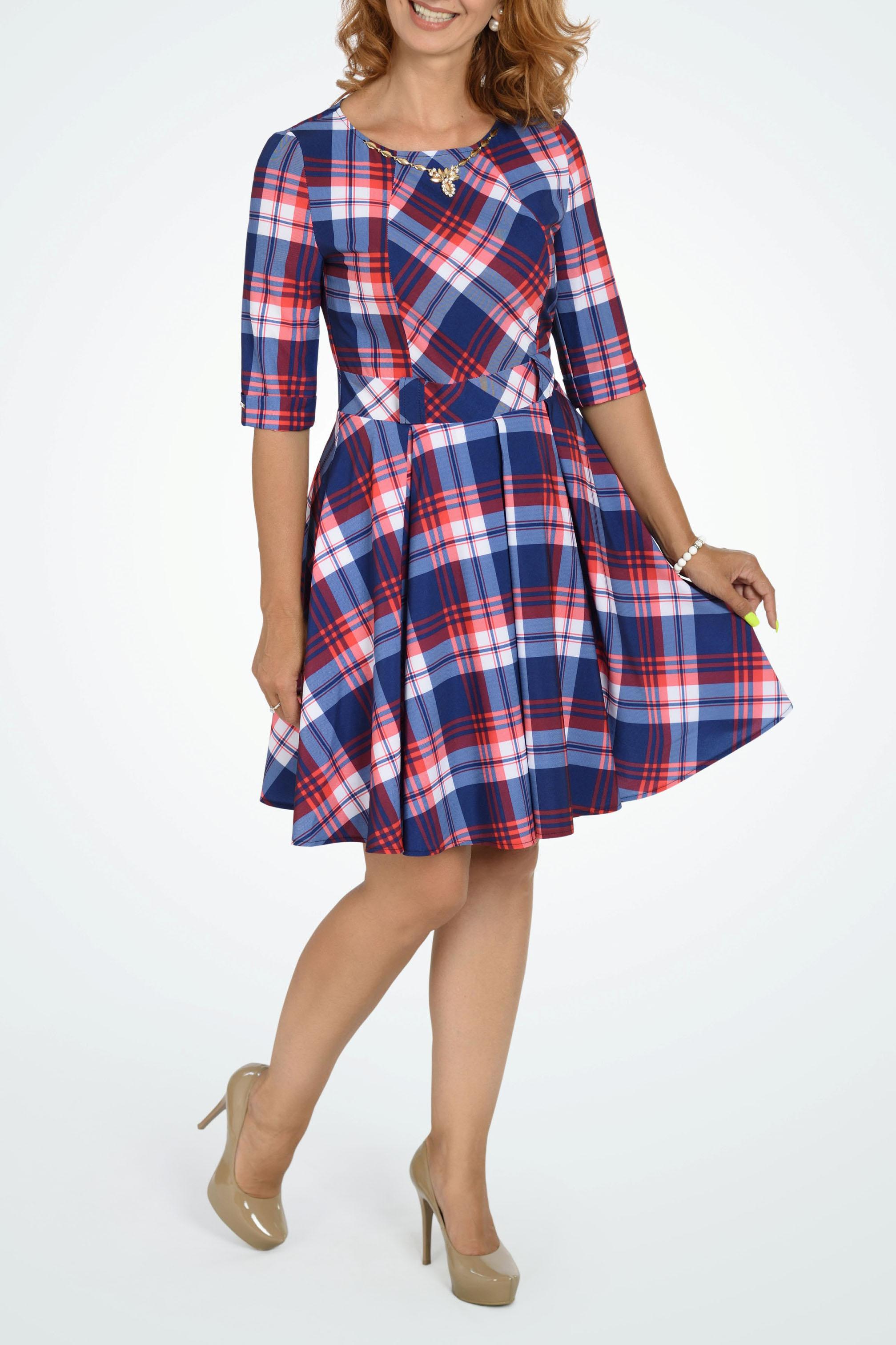 ПлатьеПлатья<br>Расклешеное платье в складку, с подъюбником, добавляющим объем и исключающий прилипание к ногам. По горловине и рукавам металлическая фурнитура. По поясу шлевки, как отделка, но при желании добавить индивидуальности, можно вдеть тонкий или широкий ремешок.  В изделии использованы цвета: синий, белый, красный  Параметры размеров: 44 размер - обхват груди 84 см., обхват талии 72 см., обхват бедер 97 см. 46 размер - обхват груди 92 см., обхват талии 76 см., обхват бедер 100 см. 48 размер - обхват груди 96 см., обхват талии 80 см., обхват бедер 103 см. 50 размер - обхват груди 100 см., обхват талии 84 см., обхват бедер 106 см. 52 размер - обхват груди 104 см., обхват талии 88 см., обхват бедер 109 см. 54 размер - обхват груди 110 см., обхват талии 94,5 см., обхват бедер 114 см. 56 размер - обхват груди 116 см., обхват талии 101 см., обхват бедер 119 см. 58 размер - обхват груди 122 см., обхват талии 107,5 см., обхват бедер 124 см. 60 размер - обхват груди 128 см., обхват талии 114 см., обхват бедер 129 см.  Ростовка изделия 168 см.<br><br>Горловина: С- горловина<br>По длине: До колена<br>По материалу: Тканевые<br>По рисунку: С принтом,Цветные,В клетку<br>По силуэту: Приталенные<br>По стилю: Повседневный стиль<br>По форме: Платье - трапеция<br>По элементам: С декором,С отделочной фурнитурой<br>Рукав: Рукав три четверти<br>По сезону: Осень,Весна,Зима<br>Размер : 44,50<br>Материал: Плательная ткань<br>Количество в наличии: 2