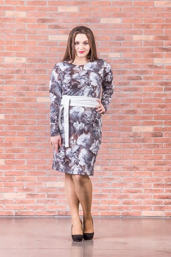 ПлатьеПлатья<br>Очаровательное платье футлярного типа с длинными рукавами. Модель выполнена из плотного трикотажа. Отличный выбор для повседневного гардероба.  Цвет: серый, сиреневый, коричневый  Ростовка изделия 170 см.<br><br>Горловина: С- горловина<br>По длине: До колена<br>По материалу: Вискоза,Трикотаж<br>По рисунку: Растительные мотивы,Цветные,Цветочные<br>По сезону: Зима<br>По силуэту: Полуприталенные<br>По стилю: Повседневный стиль<br>По форме: Платье - футляр<br>Рукав: Длинный рукав<br>Размер : 46,48,50,52<br>Материал: Джерси<br>Количество в наличии: 5