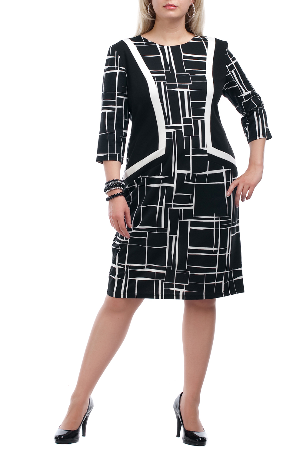 ПлатьеПлатья<br>Повседневное платье с круглой горловиной и рукавами 3/4. Модель выполнена из плотного трикотажа. Отличный выбор для повседневного гардероба.  Цвет: черный, белый  Рост девушки-фотомодели 173 см.<br><br>Горловина: С- горловина<br>По длине: Ниже колена<br>По материалу: Вискоза,Трикотаж<br>По рисунку: Абстракция,Цветные<br>По сезону: Весна,Осень,Зима<br>По силуэту: Полуприталенные<br>По стилю: Повседневный стиль<br>По форме: Платье - футляр<br>Рукав: Рукав три четверти<br>Размер : 52,54,66,68,70<br>Материал: Трикотаж<br>Количество в наличии: 14