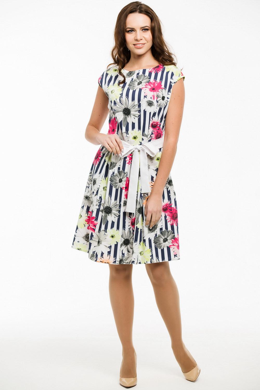 ПлатьеПлатья<br>Цветное платье с круглой горловиной и короткими рукавами. Модель выполнена из приятного материала. Отличный выбор для любого случая. Платье без пояса.  Длина изделия по спинке в 42 размере 94 см.  В изделии использованы цвета: белый, синий и др.  Ростовка изделия 170 см.<br><br>Горловина: С- горловина<br>По длине: До колена<br>По материалу: Тканевые<br>По рисунку: В полоску,Растительные мотивы,С принтом,Цветные,Цветочные<br>По сезону: Весна,Лето<br>По силуэту: Приталенные<br>По стилю: Летний стиль,Повседневный стиль,Романтический стиль<br>По форме: Платье - трапеция<br>Рукав: Короткий рукав<br>Размер : 44,46,48,50<br>Материал: Плательная ткань<br>Количество в наличии: 4