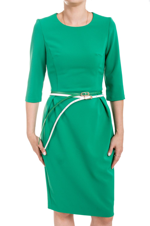 ПлатьеПлатья<br>Безупречный образ в этом элегантном платье Вам обеспечен Оно выполнено из плотного высококачественного материала. Стройный силуэт помогает создать ремень, который входит в комплект. На спинке молния длинной 50 см., юбка-карандаш со шлицей. Прекрасный вариант платья на любой случай.  Цвет: зеленый  Ростовка изделия 170 см.<br><br>Горловина: С- горловина<br>По длине: Ниже колена<br>По материалу: Вискоза,Тканевые,Трикотаж<br>По образу: Город,Офис,Свидание<br>По рисунку: Однотонные<br>По силуэту: Приталенные<br>По стилю: Офисный стиль,Повседневный стиль<br>По форме: Платье - футляр<br>По элементам: С разрезом,С поясом<br>Разрез: Шлица<br>Рукав: До локтя,Рукав три четверти<br>По сезону: Осень,Весна,Зима<br>Размер : 50,54,56<br>Материал: Костюмно-плательная ткань<br>Количество в наличии: 3