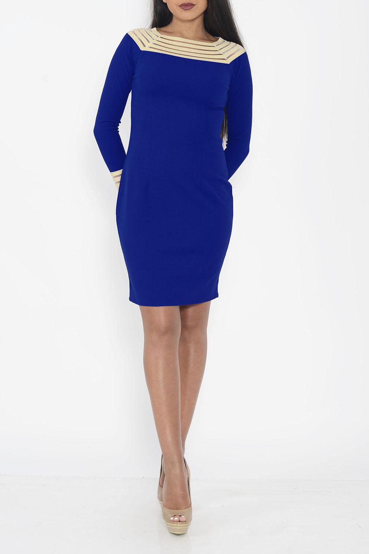 ПлатьеПлатья<br>Чудесное платье приталенного силуэта. Модель выполнена из приятного трикотажа. Отличный выбор для любого случая.  Цвет: синий, бежевый  Ростовка изделия 170 см<br><br>По образу: Город,Свидание<br>По стилю: Повседневный стиль<br>По материалу: Вискоза,Трикотаж<br>По рисунку: Цветные<br>По сезону: Осень,Весна<br>По силуэту: Приталенные<br>По форме: Платье - футляр<br>По длине: До колена<br>Рукав: Длинный рукав<br>Горловина: Лодочка<br>Размер: 42,44,46,48<br>Материал: 95% вискоза 5% эластан<br>Количество в наличии: 3