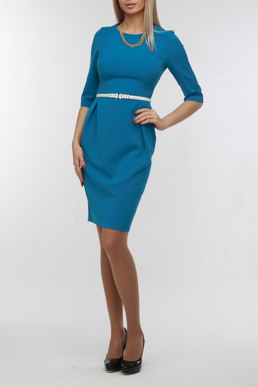 ПлатьеПлатья<br>Однотонное платье футлярного типа с рукавами 3/4 и круглой горловиной. Модель выполненна из приятного матреиала. Отличный выбор для любого случая. Платье с поясом.  В изделии использованы цвета: голубой  Рост девушки-фотомодели 178 см<br><br>Горловина: С- горловина<br>По длине: Ниже колена<br>По материалу: Тканевые<br>По рисунку: Однотонные<br>По сезону: Зима,Осень,Весна<br>По силуэту: Приталенные<br>По стилю: Классический стиль,Кэжуал,Офисный стиль,Повседневный стиль<br>По форме: Платье - футляр<br>Разрез: Короткий,Шлица<br>Рукав: Рукав три четверти<br>Размер : 48,52<br>Материал: Плательная ткань<br>Количество в наличии: 2