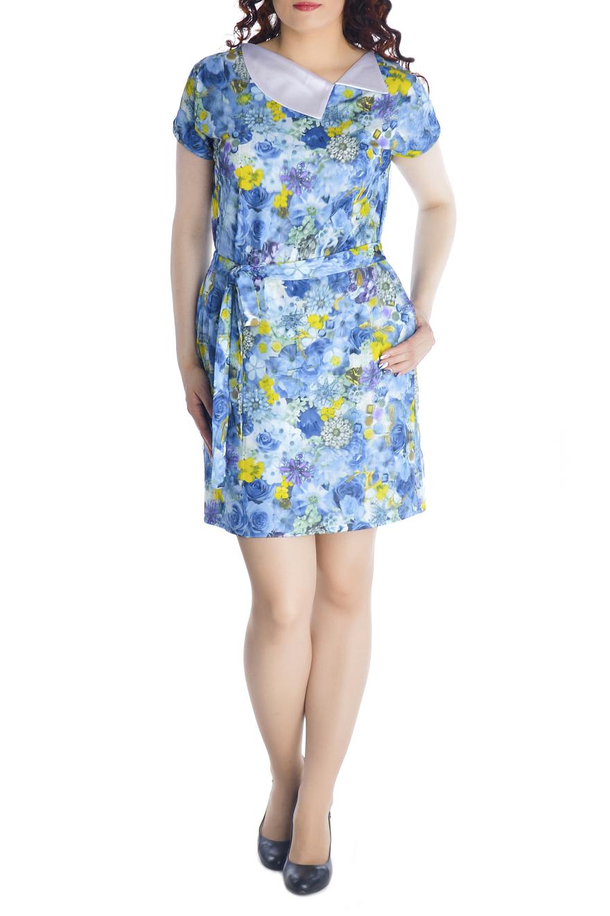 ПлатьеПлатья<br>Очаровательное платье прямого силуэта, выполнено из высококачественного вискозного трикотажного полотна с модным 3D эффектом. Платье двухслойное, состоит из вискозной ткани и сетки, с точностью, повторяющей рисунок нижней ткани. При движении сетка колеблется, за счет чего и возникает эффект объемности и глубины принта. Платье прямого силуэта с цельнокроеным рукавом и карманами в боковых швах. Отлетной воротник выполнен из декоративной ткани. Удачно подобранная ткань не мнется, не деформируется при стирке, а значит это платье прослужит вам не один сезон. Красочное, обращающее на себя внимание платье с эффектом 3D обязательно должно быть в гардеробе каждой модницы.  Платье без пояса.  Длина изделия 90-95 см.  В изделии использованы цвета: голубой, желтый и др.  Рост девушки-фотомодели 170 см<br><br>Воротник: Отложной<br>По длине: До колена<br>По материалу: Гипюровая сетка,Трикотаж<br>По рисунку: Растительные мотивы,С принтом,Цветные,Цветочные<br>По силуэту: Полуприталенные<br>По стилю: Повседневный стиль,Летний стиль<br>По форме: Платье - футляр<br>По элементам: С карманами<br>Рукав: Короткий рукав<br>По сезону: Лето<br>Размер : 44,46,48,50,52<br>Материал: Холодное масло + Гипюровая сетка<br>Количество в наличии: 5