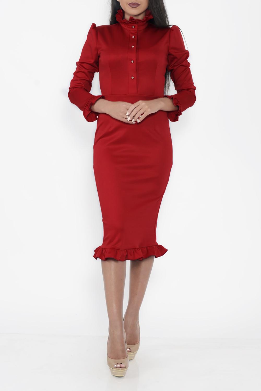 ПлатьеПлатья<br>Шикарное женское платье карандаш в стиле Вамп. Дополните это стильное платье модными аксессуарами и завершите образ очаровательной женщины  Цвет: красный<br><br>Воротник: Стойка<br>По длине: Ниже колена<br>По материалу: Трикотаж<br>По образу: Свидание<br>По рисунку: Однотонные<br>По сезону: Зима,Осень,Весна<br>По силуэту: Приталенные<br>По стилю: Нарядный стиль,Ультрамодный стиль,Повседневный стиль<br>По форме: Платье - карандаш,Платье - футляр<br>По элементам: С воланами и рюшами,С декором,С манжетами,С отделочной фурнитурой<br>Рукав: Длинный рукав<br>Размер : 42<br>Материал: Трикотаж<br>Количество в наличии: 1