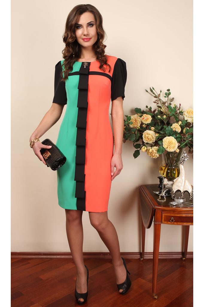 ПлатьеПлатья<br>Нарядное платье с короткими рукавами. Модель выполнена из приятного материала. Отличный выбор для любого случая.   В изделии использованы цвета: бирюзовый, коралловый, черный Спинка однотонная черная.  Ростовка изделия 170 см.  Параметры (обхват груди; обхват талии; обхват бедер): 44 размер - 88; 66,4; 96 см 46 размер - 92; 70,6; 100 см 48 размер - 96; 74,2; 104 см 50 размер - 100; 90; 106 см 52 размер - 104; 94; 110 см 54-56 размер - 108-112; 98-102; 114-118 см 58-60 размер - 116-120; 106-110; 124-130 см<br><br>Горловина: С- горловина<br>По длине: До колена<br>По материалу: Тканевые<br>По рисунку: Цветные<br>По сезону: Весна,Зима,Лето,Осень,Всесезон<br>По силуэту: Приталенные<br>По стилю: Нарядный стиль,Повседневный стиль<br>По форме: Платье - футляр<br>По элементам: С декором,С разрезом<br>Разрез: Короткий,Шлица<br>Рукав: Короткий рукав<br>Размер : 46,52<br>Материал: Плательная ткань<br>Количество в наличии: 2