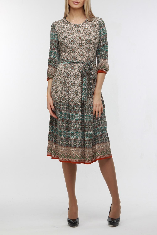 ПлатьеПлатья<br>Красивое платье в винтажном стиле. Модель выполнена из струящегося трикотажа. Отличный выбор для повседневного гардероба. Платье без пояса.  В изделии исползованы цвета: бежевый, бирюзовый и др.  Рост девушки-фотомодели 176 см.<br><br>Горловина: С- горловина<br>По длине: Ниже колена<br>По материалу: Трикотаж<br>По рисунку: С принтом,Цветные<br>По силуэту: Приталенные<br>По стилю: Винтаж,Повседневный стиль<br>По форме: Платье - трапеция<br>По элементам: С поясом<br>Рукав: Рукав три четверти<br>По сезону: Осень,Весна<br>Размер : 46,50<br>Материал: Холодное масло<br>Количество в наличии: 2