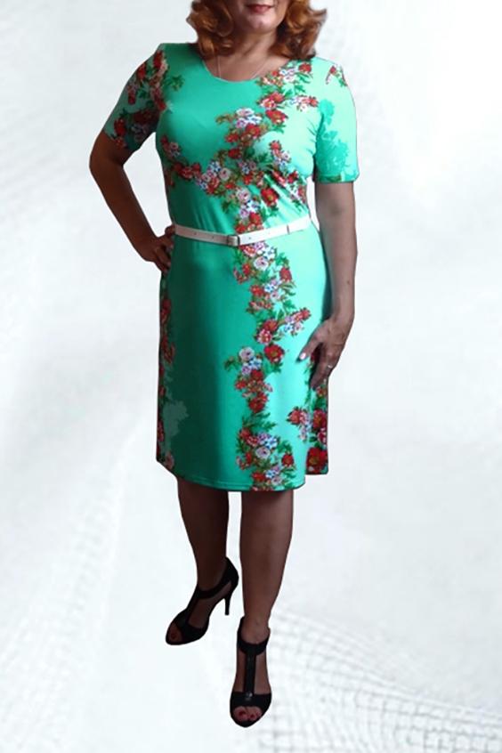 ПлатьеПлатья<br>Женское платье с круглой горловиной и коротким рукавом. Модель полуприталенного силуэта из приятного трикотажа с цветочным принтом. Отличный вариант для повседневного гардероба.  Платье без пояса.  Цвет: голубой, мультицвет  Ростовка изделия 170 см.<br><br>Горловина: С- горловина<br>По длине: До колена<br>По материалу: Трикотаж<br>По рисунку: Растительные мотивы,С принтом,Цветные,Цветочные<br>По силуэту: Полуприталенные<br>По стилю: Повседневный стиль<br>По форме: Платье - трапеция<br>Рукав: Короткий рукав<br>По сезону: Лето<br>Размер : 48,56<br>Материал: Холодное масло<br>Количество в наличии: 2