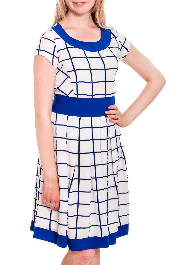 ПлатьеПлатья<br>Цветное платье с круглой горловиной и короткими рукавами. Модель выполнена из приятного трикотажа. Отличный выбор для летних прогулок.   В изделии использованы цвета: белый, синий  Рост девушки-фотомодели 170 см<br><br>Горловина: С- горловина<br>По длине: До колена<br>По материалу: Тканевые<br>По рисунку: С принтом,Цветные,В клетку<br>По силуэту: Приталенные<br>По стилю: Повседневный стиль,Летний стиль<br>По форме: Платье - трапеция<br>Рукав: Короткий рукав<br>По сезону: Лето<br>Размер : 44,46,48,50,52<br>Материал: Плательная ткань<br>Количество в наличии: 5