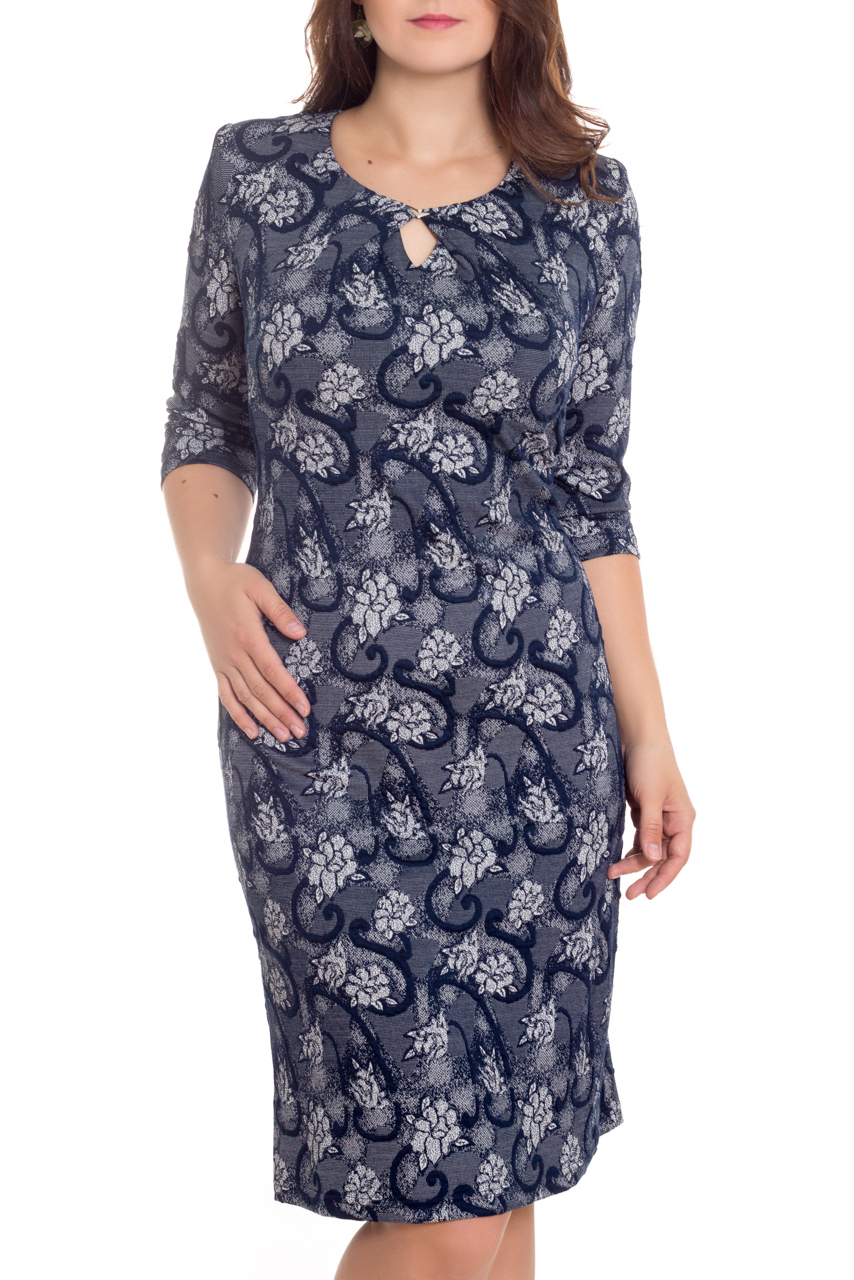 ПлатьеПлатья<br>Великолепное платье с декоративным вырезом капелька. Модель выполнена из приятного трикотажа. Отличный выбор для повседневного гардероба.  В изделии использованы цвета: синий, голубой, белый  Рост девушки-фотомодели 180 см<br><br>Горловина: С- горловина<br>По длине: Ниже колена<br>По материалу: Трикотаж,Хлопок<br>По рисунку: Растительные мотивы,С принтом,Цветные,Цветочные<br>По силуэту: Полуприталенные<br>По стилю: Повседневный стиль<br>По форме: Платье - футляр<br>По элементам: С декором<br>Рукав: Длинный рукав<br>По сезону: Осень,Весна,Зима<br>Размер : 56<br>Материал: Трикотаж<br>Количество в наличии: 1