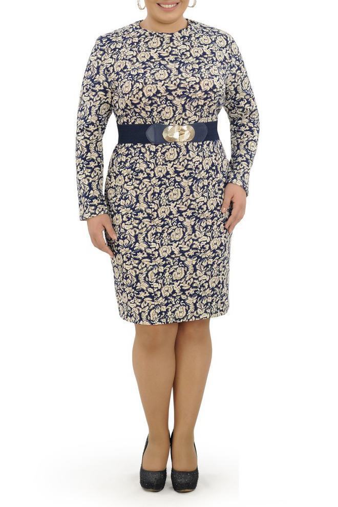 ПлатьеПлатья<br>Изумительное платье обтягивающего силуэта. Модель выполнена из приятного материала. Отличный выбор для любого случая. Платье без пояса.  В изделии использованы цвета: синий, бежевый  Параметры размеров: 44 размер - обхват груди 84 см., обхват талии 72 см., обхват бедер 97 см. 46 размер - обхват груди 92 см., обхват талии 76 см., обхват бедер 100 см. 48 размер - обхват груди 96 см., обхват талии 80 см., обхват бедер 103 см. 50 размер - обхват груди 100 см., обхват талии 84 см., обхват бедер 106 см. 52 размер - обхват груди 104 см., обхват талии 88 см., обхват бедер 109 см. 54 размер - обхват груди 110 см., обхват талии 94,5 см., обхват бедер 114 см. 56 размер - обхват груди 116 см., обхват талии 101 см., обхват бедер 119 см. 58 размер - обхват груди 122 см., обхват талии 107,5 см., обхват бедер 124 см. 60 размер - обхват груди 128 см., обхват талии 114 см., обхват бедер 129 см.  Ростовка изделия 168 см.<br><br>Горловина: С- горловина<br>По длине: До колена<br>По материалу: Трикотаж<br>По рисунку: Растительные мотивы,С принтом,Цветные,Цветочные<br>По сезону: Осень,Зима<br>По силуэту: Обтягивающие<br>По стилю: Повседневный стиль<br>По форме: Платье - футляр<br>Рукав: Длинный рукав<br>Размер : 50,52,54,56<br>Материал: Трикотаж<br>Количество в наличии: 4