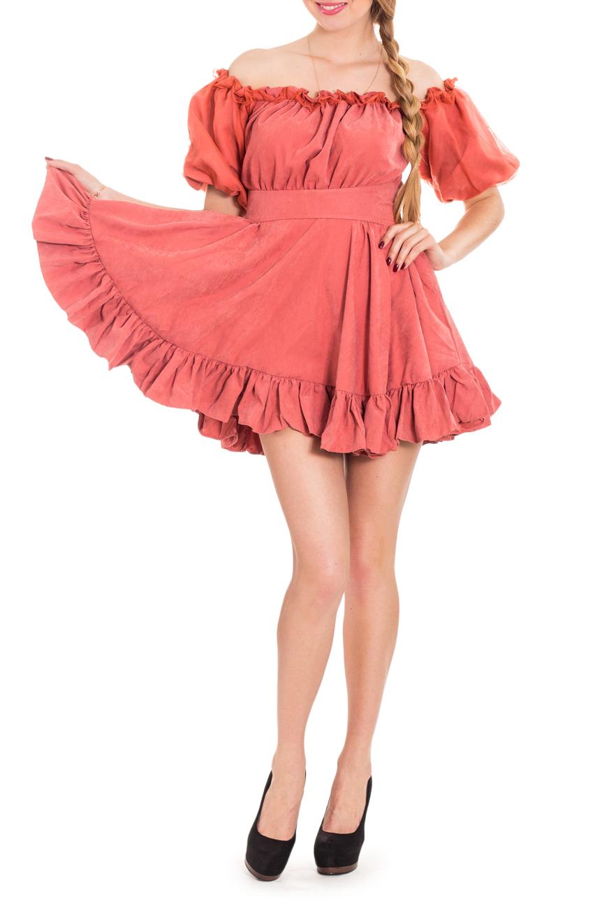 ПлатьеПлатья<br>Короткое платье в стиле folk подчеркнет вашу молодость и индивидуальность. Рукав фонарик, покрытый поверх основной ткани прозрачной тканью, придает платью характер праздничности, легкости. Оборка на широкой юбке и рюши на вороте стилизуют платье под стиль фолк. Резинка на вороте и рукавах позволяет менять форму модели, превращая наряд в платье с открытыми плечами. Платье без пояса.  Цвет: коралловый  Рост девушки-фотомодели 170 см.<br><br>По длине: До колена,Мини<br>По материалу: Тканевые<br>По рисунку: Однотонные<br>По сезону: Весна,Лето<br>По силуэту: Полуприталенные<br>По стилю: Нарядный стиль,Повседневный стиль,Летний стиль<br>По форме: Платье - трапеция<br>По элементам: С воланами и рюшами,С открытыми плечами<br>Рукав: До локтя,Короткий рукав<br>Горловина: Лодочка<br>Размер : 42,44<br>Материал: Плательная ткань<br>Количество в наличии: 2