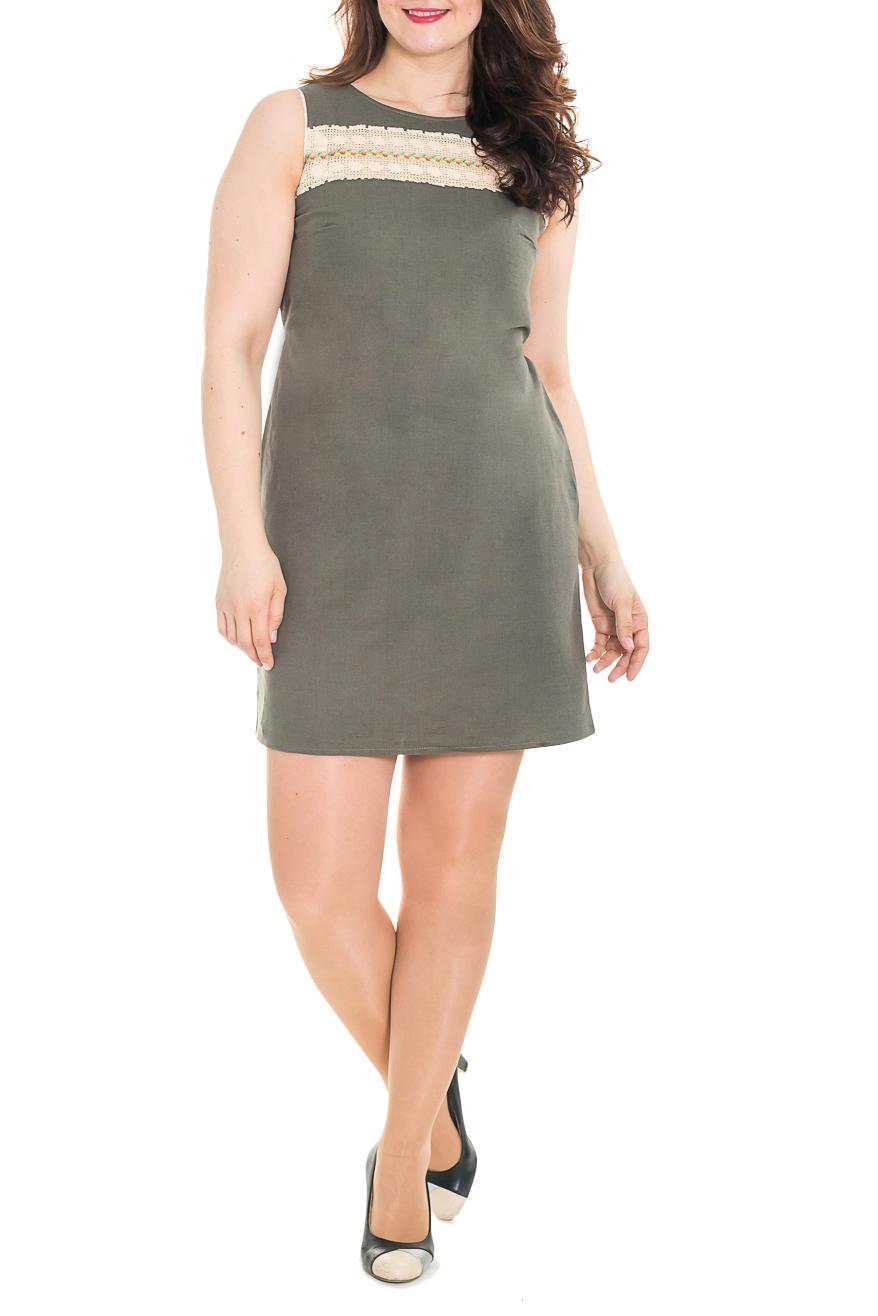 ПлатьеПлатья<br>Летнее женское платье - сарафан полуприталенного силуэта. Выполнено из приятной к телу льняной ткани. Модель украшена декоративной вставкой из кружева.  Цвет: хаки.  Рост девушки-фотомодели 180 см<br><br>Горловина: С- горловина<br>По длине: До колена<br>По материалу: Лен<br>По рисунку: Однотонные<br>По силуэту: Полуприталенные<br>По стилю: Летний стиль,Повседневный стиль<br>По форме: Платье - трапеция<br>По элементам: С декором,С завязками,С разрезом<br>Разрез: Короткий<br>Рукав: Без рукавов<br>По сезону: Лето<br>Размер : 44<br>Материал: Лен<br>Количество в наличии: 1
