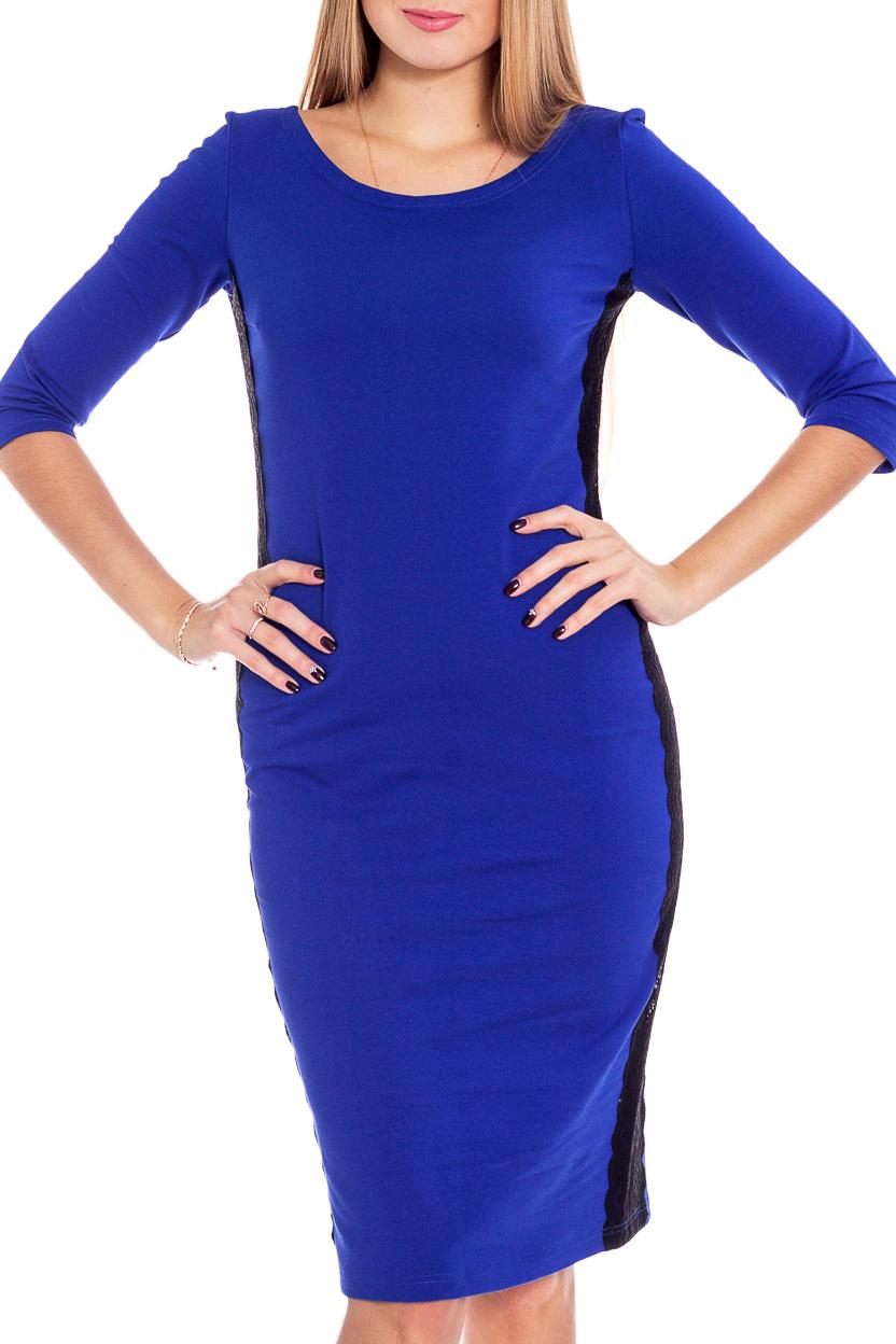 ПлатьеПлатья<br>Платье на весну/осень из плотного трикотажа.  Углублённый вырез горловины, будет уместно и в офисе и для вечерней прогулки. По бокам украшено широким эластичным кружевом, рукав 3/4. Благодаря составу ткани, платье не мнётся и не деформируется в течение дня, а цвет не меняется даже после многочисленных стирок.   Цвет: синий.  Рост девушки-фотомодели 170 см<br><br>Горловина: С- горловина<br>По длине: До колена<br>По материалу: Гипюр,Трикотаж<br>По образу: Город,Офис,Свидание<br>По рисунку: Однотонные<br>По силуэту: Приталенные<br>По стилю: Классический стиль,Офисный стиль,Повседневный стиль<br>По форме: Платье - футляр<br>По элементам: С декором<br>Рукав: Рукав три четверти<br>По сезону: Осень,Весна<br>Размер : 44,46,48,50,52<br>Материал: Трикотаж + Гипюр<br>Количество в наличии: 10