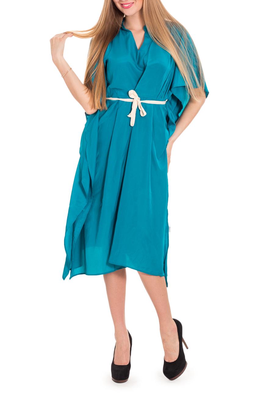 ПлатьеПлатья<br>Оригинальное летнее платье из однотонной ткани насыщенного голубого цвета. Свободный необычный крой платья позволяет создать образ в стиле гранж или хиппи (если дополнить его обилием аксессуаров) и подойдет тем, кто не может или не хочет явно демонстрировать все изгибы своего тела, для кого удобство и свобода в одежде дороже мнения окружающих. Платье без пояса.  Цвет: голубой  Рост девушки-фотомодели 170 см.<br><br>По длине: Ниже колена<br>По материалу: Шелк,Тканевые<br>По рисунку: Однотонные<br>По сезону: Весна,Лето,Осень<br>По силуэту: Свободные<br>По стилю: Повседневный стиль,Кэжуал<br>По элементам: С фигурным низом,С разрезом<br>Рукав: До локтя<br>Горловина: Фигурная горловина<br>Размер : 42,44,46<br>Материал: Искусственный шелк<br>Количество в наличии: 3