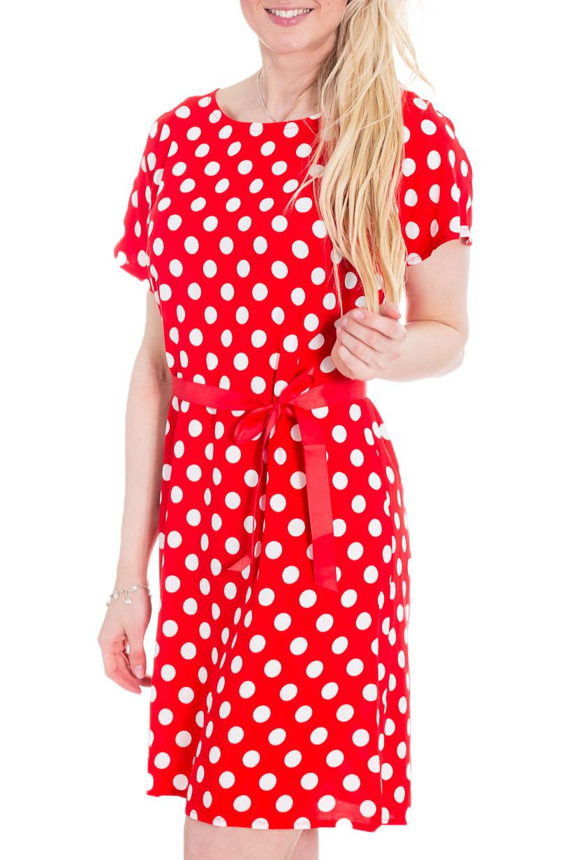 ПлатьеПлатья<br>Прелестное женское платье с короткими рукавами. Модель станет прекрасной составляющей Вашего женственного гардероба.   Цвет: красный, белый.  Рост девушки-фотомодели 170 см<br><br>Горловина: С- горловина<br>По длине: До колена<br>По материалу: Хлопок<br>По образу: Город,Круиз,Свидание<br>По рисунку: В горошек,Цветные,С принтом<br>По силуэту: Полуприталенные<br>По стилю: Винтаж,Летний стиль,Повседневный стиль<br>По форме: Платье - трапеция<br>Рукав: Короткий рукав<br>По сезону: Лето<br>Размер : 44<br>Материал: Хлопок<br>Количество в наличии: 1
