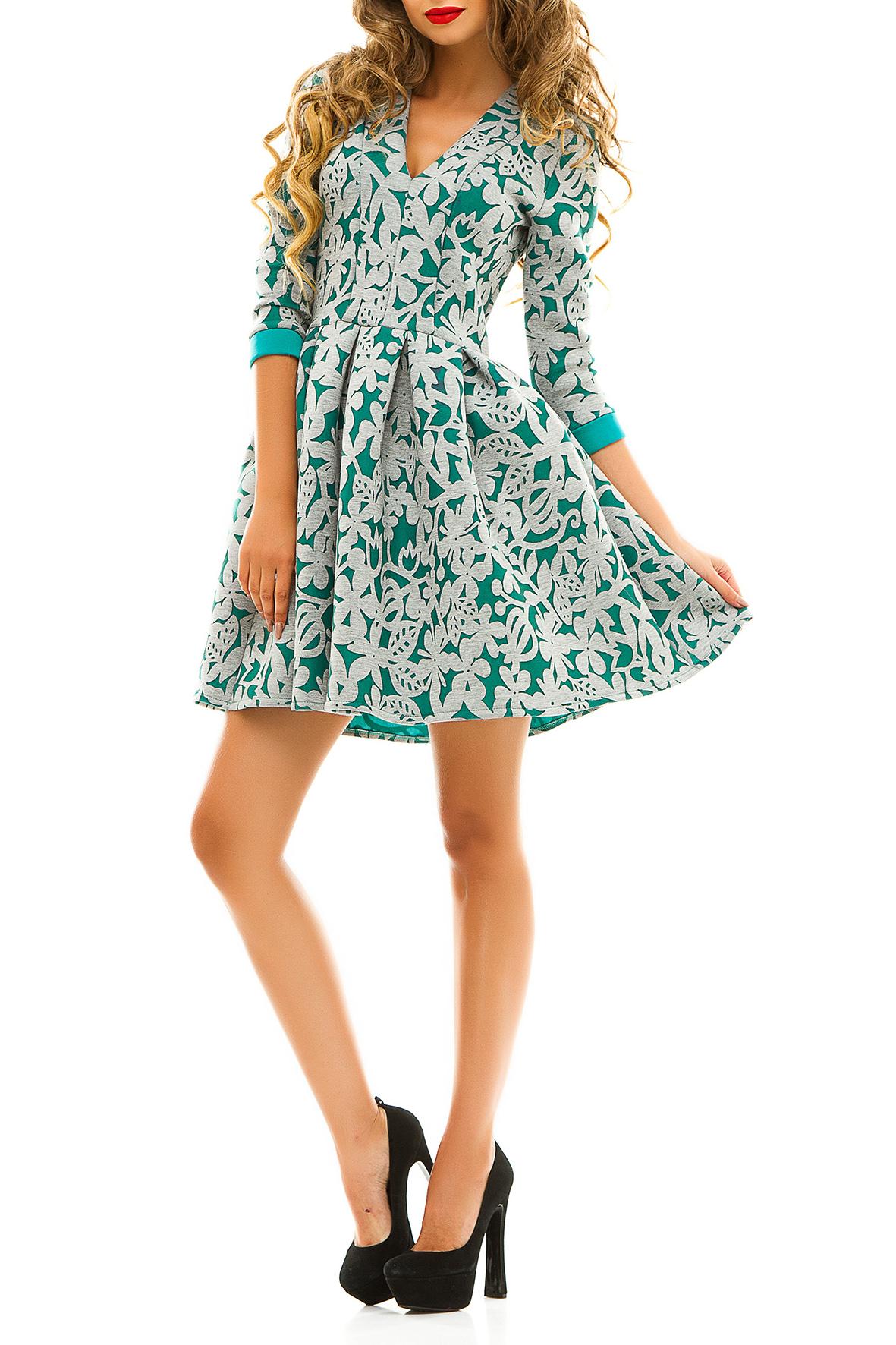 ПлатьеПлатья<br>Нарядное молодежное платье с цветочным принтом, который и является основным украшением данной модели, отлично подойдет для молодой девушки. Неглубокий, но очень кокетливый v-образный вырез делает мягкий, но значимый акцент на груди. Короткая юбка в крупную складку открывает колени, не стесняет движения и позволяет чувствовать себя раскованно. Рукава 3/4, оторочены манжетками в цвет ткани.  Цвет: серый с зеленым.  Ростовка изделия 170 см<br><br>Горловина: V- горловина<br>По длине: До колена<br>По материалу: Трикотаж<br>По рисунку: Растительные мотивы,С принтом,Цветные,Цветочные<br>По силуэту: Приталенные<br>По стилю: Молодежный стиль,Повседневный стиль,Романтический стиль<br>По форме: Беби - долл,Платье - трапеция<br>По элементам: С вырезом,С декором,С манжетами<br>Рукав: Рукав три четверти<br>По сезону: Осень,Весна<br>Размер : 42-44,44-46<br>Материал: Трикотаж<br>Количество в наличии: 2