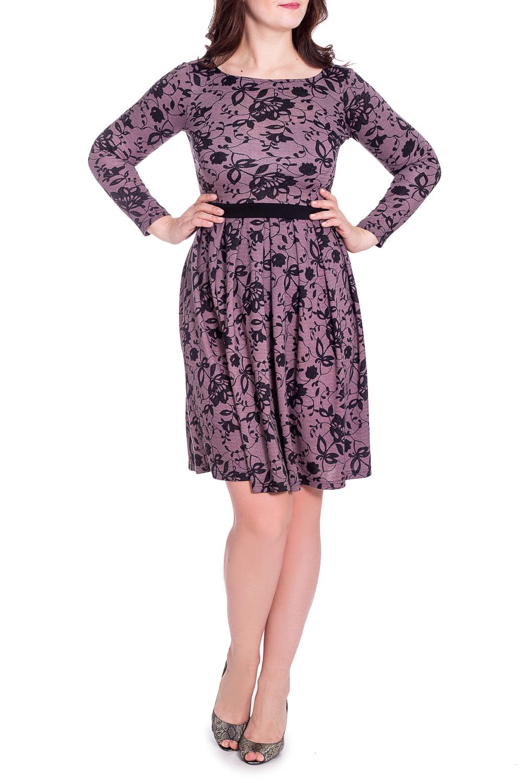 ПлатьеПлатья<br>Женское платье прилегающего силуэта с круглой горловиной и длинными рукавами. Модель станет прекрасной составляющей Вашего повседневного гардероба. Ростовка изделия 164 см.  В изделии использованы цвета: розовый, черный  Рост девушки-фотомодели 180 см<br><br>Горловина: С- горловина<br>По длине: До колена<br>По материалу: Трикотаж<br>По рисунку: С принтом,Цветные<br>По силуэту: Приталенные<br>По стилю: Повседневный стиль<br>По форме: Платье - трапеция<br>По элементам: Со складками<br>Рукав: Длинный рукав<br>По сезону: Зима<br>Размер : 44,46,48,50,52,54,56<br>Материал: Трикотаж<br>Количество в наличии: 10