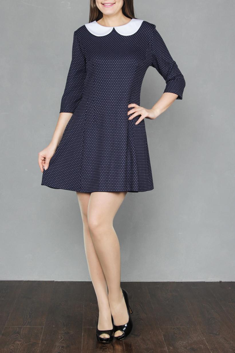 ПлатьеПлатья<br>Женское платье, расклешенное от талии к низу, за счет фигурных рельефов и глубоких вытачек. Застежка расположена сзади по среднему шву на потайную тесьму молнию. Прекрасный праздничный вариант из мягкой ткани, украшенный белым воротничком, насыщенный цвет, элегантный дизайн покорит даже самых взыскательных модниц.  Длина платья по среднему шву спинки: до 52 размера - 100 см, в размерах 54-56 - 105 см.  В изделии использованы цвета: синий, белый  Ростовка изделия 170 см.<br><br>Воротник: Отложной<br>Горловина: С- горловина<br>По длине: До колена<br>По материалу: Вискоза,Трикотаж<br>По образу: Город,Свидание<br>По рисунку: В горошек,С принтом,Цветные<br>По силуэту: Полуприталенные<br>По стилю: Повседневный стиль<br>По форме: Платье - трапеция<br>Рукав: Рукав три четверти<br>По сезону: Осень,Весна,Зима<br>Размер : 42,44,48,50,52<br>Материал: Джерси<br>Количество в наличии: 5