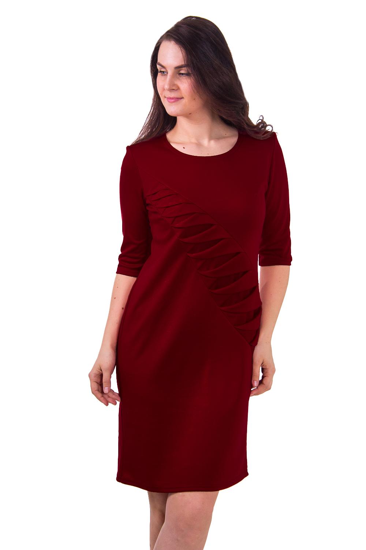 ПлатьеПлатья<br>Полуприталеное однотонное красное платье с декоративным элементом.  Цвет: бордовый  Рост девушки-фотомодели - 180 см<br><br>По материалу: Вискоза,Трикотаж<br>По образу: Город,Свидание<br>По рисунку: Однотонные<br>По сезону: Зима,Осень,Весна<br>По стилю: Повседневный стиль<br>По форме: Платье - футляр<br>По элементам: С декором,Со складками<br>Рукав: Рукав три четверти<br>Горловина: С- горловина<br>По длине: До колена<br>По силуэту: Приталенные<br>Размер : 50<br>Материал: Джерси<br>Количество в наличии: 1