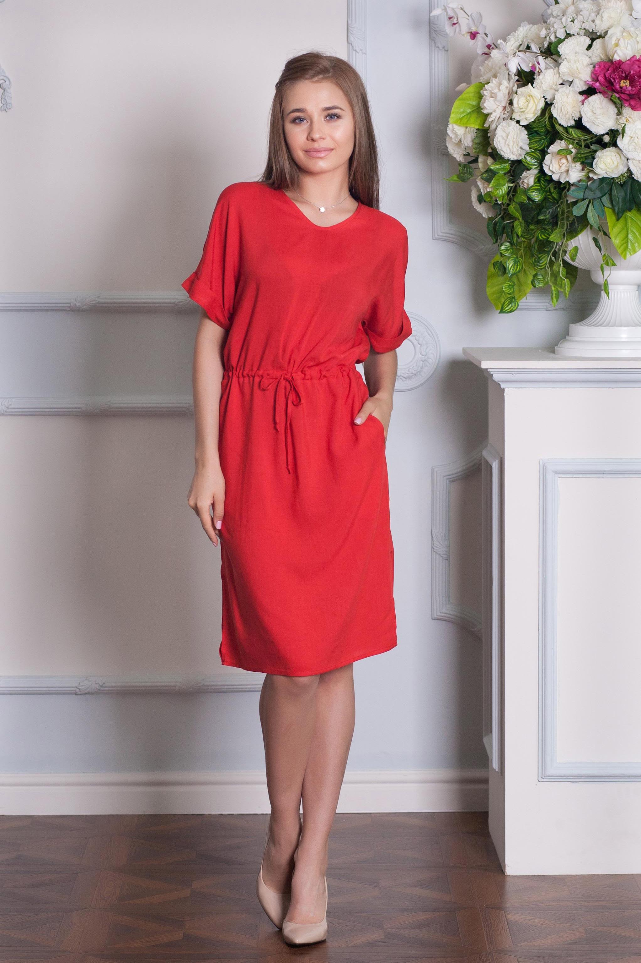 ПлатьеПлатья<br>Элегантное и женственное платье, которое подойдет любому типу фигуры, выполненное из приятного телу хлопка.  Цвет: красный.  Рост девушки-фотомодели 170 см<br><br>Горловина: С- горловина<br>По материалу: Хлопок<br>По образу: Город,Свидание<br>По рисунку: Однотонные<br>По стилю: Кэжуал,Повседневный стиль<br>Рукав: Короткий рукав<br>По сезону: Лето<br>По длине: До колена<br>По силуэту: Свободные<br>Размер : 42,44,46,48,50,54<br>Материал: Хлопок<br>Количество в наличии: 6