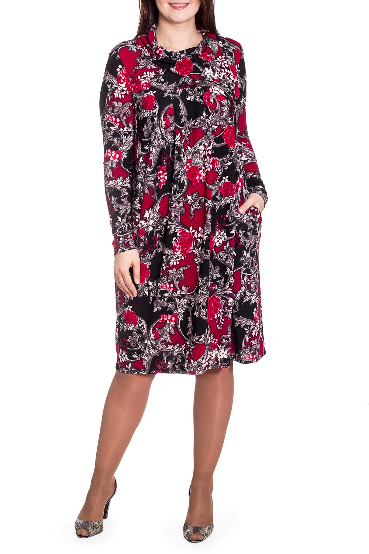 ПлатьеПлатья<br>Цветное платье трапециевидного силуэта с длинными рукавами. Модель выполнена из приятного трикотажа. Отличный выбор для повседневного гардероба.   В изделии использованы цвета: красный, черный и др.  Рост девушки-фотомодели 180 см.<br><br>Воротник: Хомут<br>По длине: Ниже колена<br>По материалу: Вискоза,Трикотаж<br>По рисунку: С принтом,Цветные<br>По силуэту: Свободные<br>По стилю: Повседневный стиль<br>По форме: Платье - трапеция<br>Рукав: Длинный рукав<br>По сезону: Зима<br>Размер : 50,52,54<br>Материал: Трикотаж<br>Количество в наличии: 4